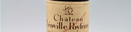 La photo montre une bouteille du grand vin du chateau leoville poyferre à saint julien à Bordeaux