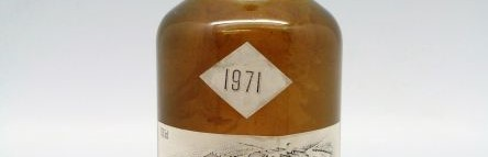 the picture shows a bottle of the 1971 vintage