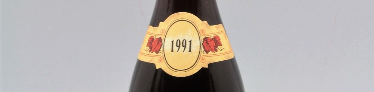 the picture shows a bottle of the 1991 vintage