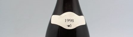 the picture shows a bottle of the 1998 vintage