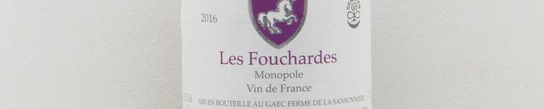 La photo montre une bouteille de vin du domaine Mark Angeli dans la Loire