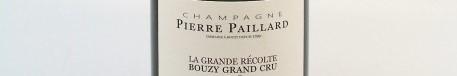 La photo montre une bouteille de champagne du domaine Pierre Paillard