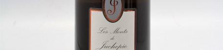La photo montre une bouteille de vin du domaine de Juchepie dans la Loire