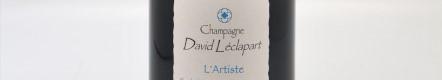 La photo montre une bouteille de champagne Leclapart du domaine David Leclapart en Champagne