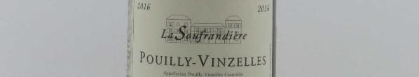 La photo montre une bouteille de l'appellation Pouilly-Vinzelles du domaine Bret Brothers en Bourgogne.
