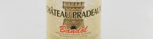 La photo montre une bouteille de vin du domaine Pradeaux en Provence