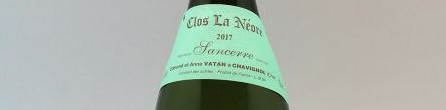 La photo montre une bouteille de l'appellation Sancerre du domaine Edmond Vatan dans la Loire.