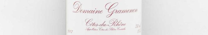 La photo montre une photo de l'appellation Côtes dy Rhône du domaine Gramenon dans La Vallée du Rhone